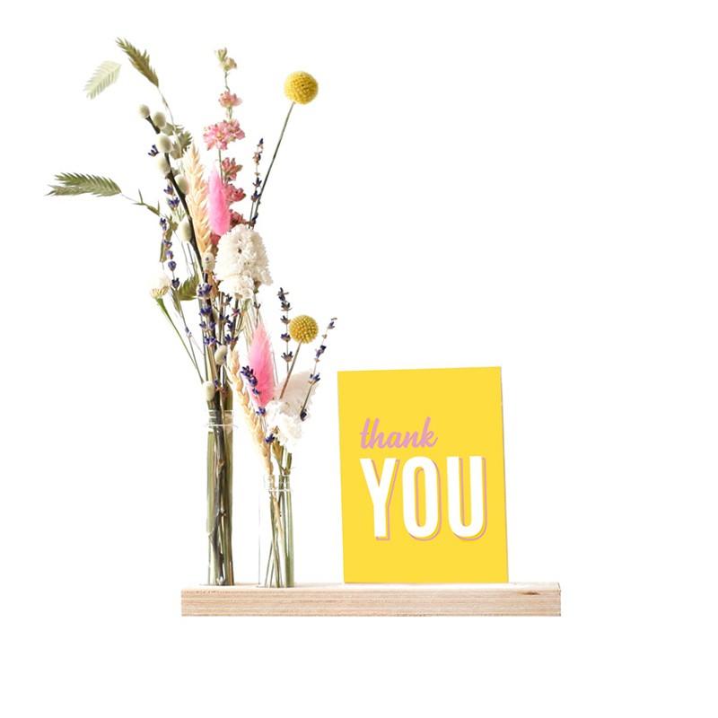 brievenbus-geschenk-met-verhaal-droogbloemen-standaard
